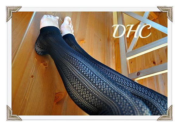 秋ファッションは網タイツ風トレンカでDHC着圧ソックスレギンス版