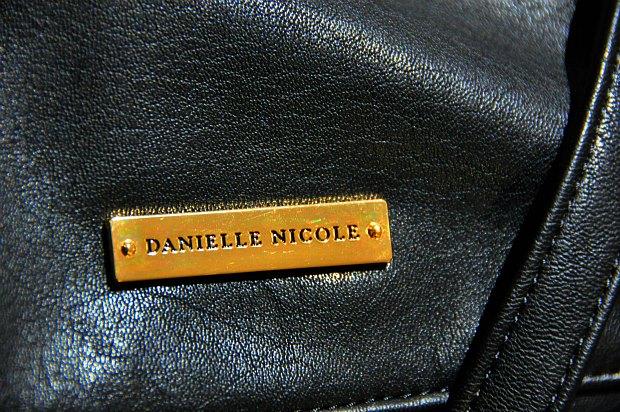 DANIELLE NICOLE top1122