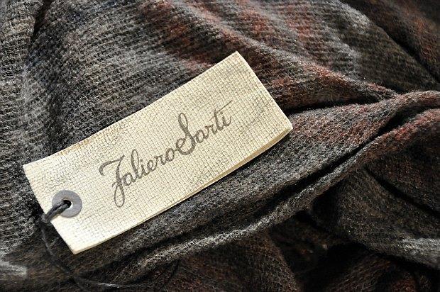 ファリエロサルティ2013秋冬(Faliero Sarti)着画身にまとう芸術ストール