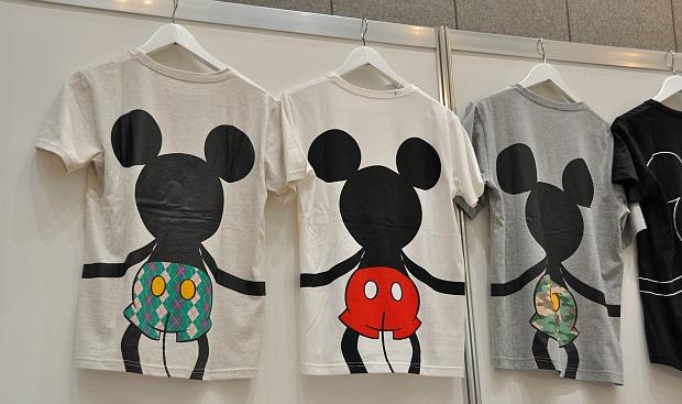 ディズニーメンズTシャツ目ざましテレビでオススメ。ベルメゾンでもあるミッキーT-shirts