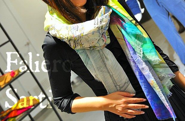 ファリエロサルティFaliero Sarti春夏2014年お洒落なストール着画イタリア製スカーフ!