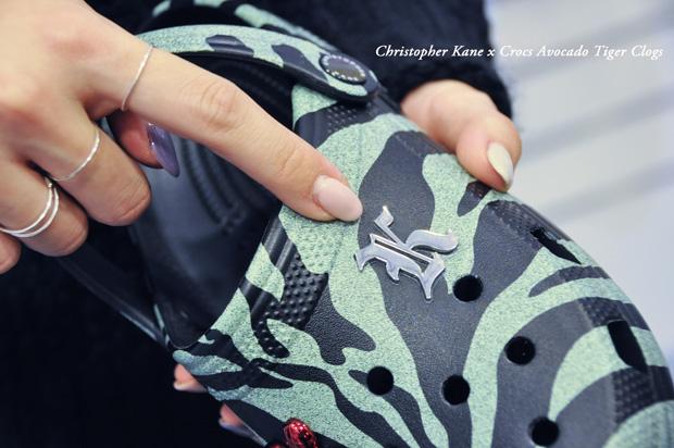 12321Christopher-Kane-x-Crocs-Avocado-Tiger-Clogs