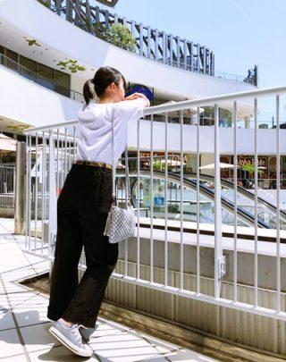 毛糸編みショルダーバッグ【サコッシュ風】コーデ